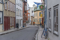 Rue Couillard (fotofrysk) Tags: street autumn fall bike bar quebec pedestrian roadtrip shops quebeccity easterncanadatrip dsc3871 nikond7100 october2015