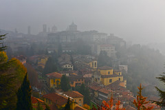 Citta' Alta Bergamo (Silvio Maggioni) Tags: alta nebbia bergamo citta