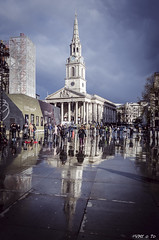 St Martin-in-the-Fields (VMf o To) Tags: london square trafalgar londres