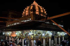 Nizamuddin Dargah at Night (ramesh_lalwani) Tags: aulia nizamuddin