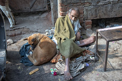 INDIA7464 (Glenn Losack, M.D.) Tags: street people india portraits photography delhi muslim islam homeless poor photojournalism buddhism impoverished flip flops local hindu scenics handicapped deformed beggars photojournalist outcasts glennlosack losack glosack dahlits