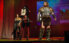 DSC_2252 (Yuri Grigoryev) Tags: anime festival dark cosplay tes brotherhood samara assassin dragonfest skyrim