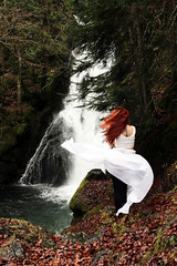 While that the river runs and the wind breaths (stefaniebst) Tags: cascade waterfall foret forest forêt wild redhair redhead automne autumn fall autoportrait selfportrait conceptphoto conceptualphotography fineart fineartphotography nature water woods woodland underwood dreamscape dreamland conte tale fairytale fantasy