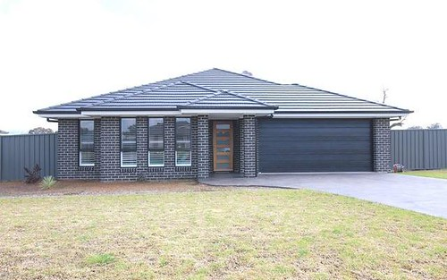 26 Mary Angove, Cootamundra NSW 2590