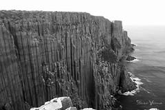 Cape Raoul, Tasmania (steeve.voccia) Tags: landscape cliffs cape raoul tasmania three capes track falaises paysage black white 7d ii tasmanie australia australie