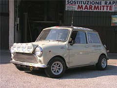 "mini_cooper_1.0_55 • <a style=""font-size:0.8em;"" href=""http://www.flickr.com/photos/143934115@N07/31787672812/"" target=""_blank"">View on Flickr</a>"