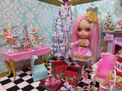 A few more Christmas Pictures! (Primrose Princess) Tags: pink christmas blythe doll takara diorama princess sparkle holiday merrypinkchristmas blythedoll customblythe pinkmohairreroot morganorton atomicblythe cosette ballet ballerina nutcracker paris gingerbreadhouse christmasvillage afternoontea