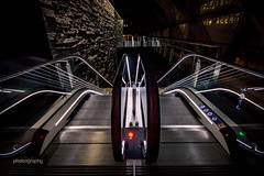 Into the abyss (Alex Chilli) Tags: canarywharf escalator down up parallel london docklands modern future futuristic canon eos 70d