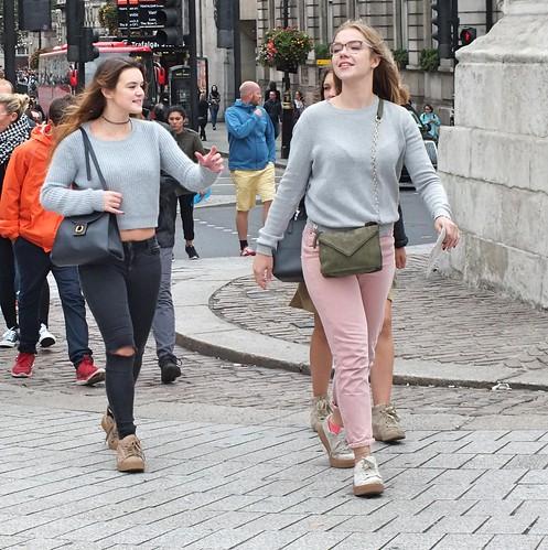 Trafalgar Square Tourists