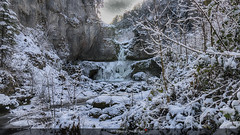 De glace et de glace ! (Tra Te E Me (TTEM)) Tags: lumixfz1000 photoshop cameraraw cascade billaude jura hiver gel glace froid eau paysage nature