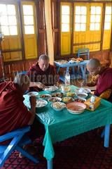 30098674 (wolfgangkaehler) Tags: asia asian southeastasia myanmar burma burmese inlelake taungtovillage villagelife villagescene village people person monastery monasteries buddhism buddhist buddhistmonk buddhistmonks buddhistmonastery buddhistmonasteries monk monks eating