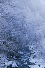 Mountain in Japan (www.Michie.ru) Tags: mountain japan blue snow river white trip 山 michieru みっちぇる ミッチェル みちえる ミチエル ミッシェル キャノン photoglovey travel nature takayama cold landscape