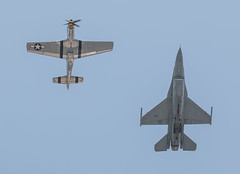 Classic Fighters (Jay:Dee) Tags: show heritage airplane flying team fighter force display aircraft aviation air united flight jet exhibition cne airshow national falcon states mustang fighting viper usaf candian p51d 2015 f16c cias