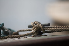 Mooring cleat (Chris Martin Photography) Tags: wood old boat rope frayed