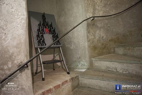 """""""Mit und Durch die Wand"""""""