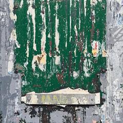 IMG_4711 (keymiart1) Tags: urban texture graffiti photo tag extérieur 照片 abstrait 素材 写真 keymi minimalisme テクスチャー urbanskin 质地 城市的 urbanepidermis 城市的皮肤 epidermeurbain 都市の表皮