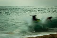 la pointe (Yago Raymond) Tags: longexposure sea water surf wave skimboard