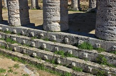 Segesta, Sicily: Greek Temple (zug55) Tags: italien italy greek temple italia ruin ruine sicily sicilia segesta tempel doric tempio elymian greektemple sizilien dorico dorisch dorictemple tempiodorico elymians