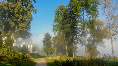 The Fog lifted. (b.stanni) Tags: light nature fog landscape licht nebel sommer natur schloss landschaft mv weg klink mritz