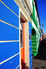 Irish colors, Dingle (Aiils) Tags: street trip travel ireland colors canon pub strada day blu dingle sole colori viaggi arancio irlanda