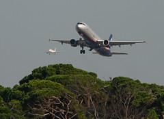 Landing and take off (vic_206) Tags: plane bcn landing takeoff avión aeroflot vueling deltadelllobregat lebl canoneos7d canon300f4liscanon14xii