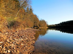 Herrenmühlsee (almresi1) Tags: wood autumn lake beach see herbst ufer wald spiegelung mirroring schorndorf göppingen adelberg herrenmühlsee