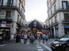 """Entrada a al Mercado de la Boquería en las Ramblas de Barcelona • <a style=""""font-size:0.8em;"""" href=""""http://www.flickr.com/photos/78328875@N05/23279986915/"""" target=""""_blank"""">View on Flickr</a>"""
