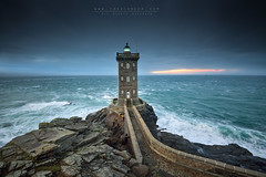 The Coast Guard (FredConcha) Tags: kermorvan finistere bretagne britany rocks sunse lighthouse sunset france nord fredconcha nikond800 1635 landscape nature ocean
