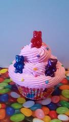 20170113_155750_001 (candylandphotoprops) Tags: candylandfakecupcakes gummybearsfakecupcakes candylandbirthdaypartydecor candyland cupcakes gummy bears fakecupcakes birthdayfakecupcakephotoprops