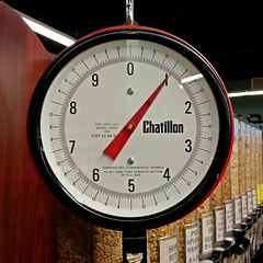 Chatillon produce scale (SchuminWeb) Tags: county food scale retail one march foods store md natural ben market howard web maryland columbia whole scales produce grocery stores weigh lb pound weight davids weights weighing pounds bulk lbs retailer chatillon 2015 retailers retailing davidsnaturalmarket schumin schuminweb
