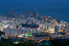Haeundae (- MH -) Tags: blue sea night asia south korea busan pusan