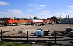More LNG Tweaking in Topeka (Jeff Carlson_82) Tags: railroad green train tank ks railway shops kansas topeka railfan bnsf tender lng naturalgas ecofriendly greenpower emd burlingtonnorthernsantafe 9131 9130 sd70ace