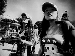 Stars (Meljoe San Diego) Tags: closeup hongkong blackwhite fuji candid grain streetphotography highcontrast gritty fujifilm x10 meljoesandiego