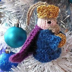 3rd last of the Kings (lyndell23) Tags: christmas king christmasdecoration 3wisemen mochimochiland