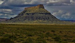 FACTORY BUTTE (The VIKINGS are Coming!) Tags: wowiekazowie
