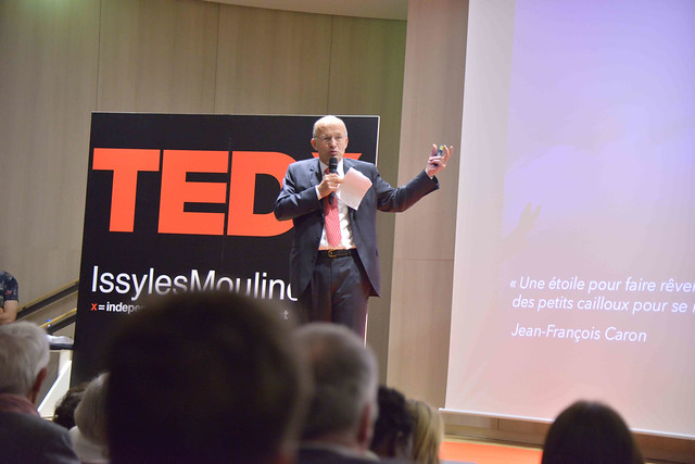 2016-11-23 - TEDxIssy-02 - Bertrand PETIT (14h49m05)