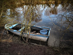 The old rowing boat. (roddersdad) Tags: 2017 boat canonpowershotg1xmkll cliveg1hkfeclipsecouk copyrightclivejmaclennan httpswwwflickrcomphotosroddersdad january outdoor ponds rowingboat