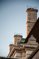 Sun setting over the Rooftops (Alpine Prairie Photography) Tags: architecturaldetails countyhall london southbank