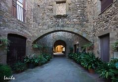 Monells (Baig Empordà) (levilo) Tags: monells baix empordà girona catalunya spain rural medieval españa levilo pentax