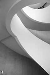 Photographie d'Architecture (pierre.insalaco) Tags: lyon architecture photo photographie noir blanc lignes interieur hauteur