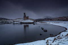 Ardvreck Castle .. (Gordie Broon.) Tags: ardvreckcastle lochassynt assynt sutherland scottishhighlands scotland caledonia ecosse paisaje landscape lago snow quinag hills collines schottland scenery paysage escocia reflections moody overcast outdoor szkocja inchnadamph lochinver scozia scenic colinas corbett gordiebroonphotography elphin winter lac 2016 ruin canon5dmklll canon1635f4l heuvels see geotagged northcoast500