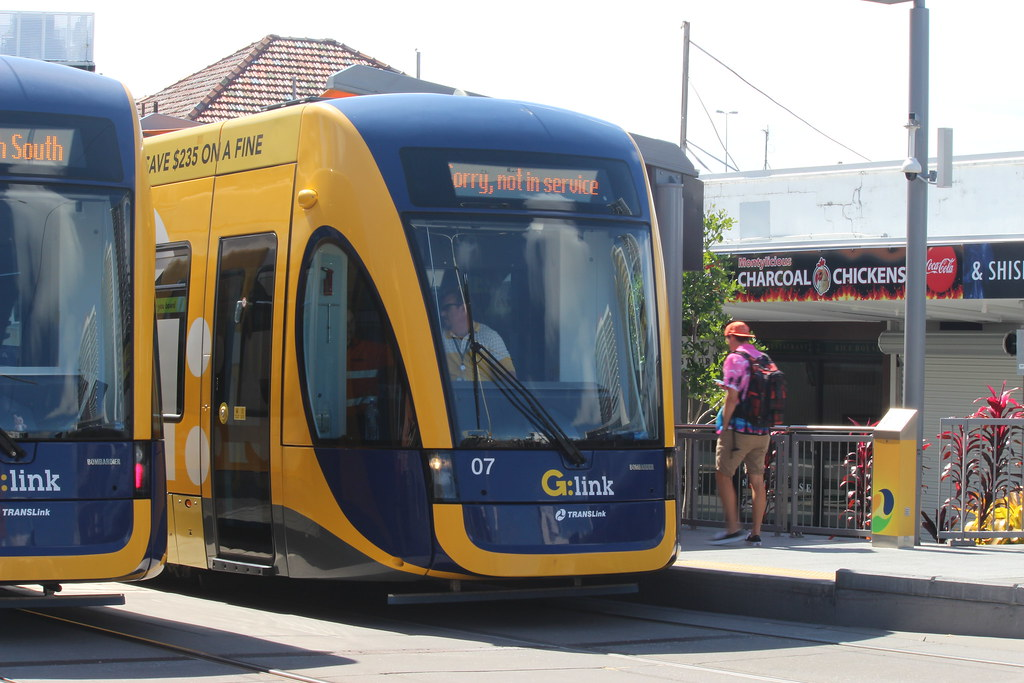 The World's Best Photos of goldcoast and lightrailvehicle