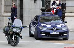 Yamaha FJR-1300A y Megane RS. Guardia Civil(Casa del Rey) y Policía Municipal de Madrid (UET) (juanemergencias) Tags: