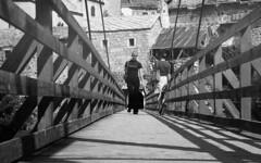 mostar (26) (Parto Domani) Tags: old bridge river war mostar bosnia fiume guerra ponte herzegovina neretva vecchio passerella turchi balcani artiglieria turco balcan croati erzegovina croato