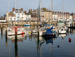 327/365 Weymouth Harbour - 365 Project 2015 (Helen) (dorsetbays) Tags: red england reflection sunshine boat harbour yacht dorset 365 weymouth weymouthharbour oldharbour 365project aphotoadayforayear
