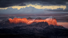 Le Tofane - Dolomiti (beppeverge) Tags: autumn sunset mountain alps fall tramonto foliage autunno alpi montagna unescoworldheritage dolomites dolomiti altoadige dolomiten italianlandscape sudtirol ladino tofane larici beppeverge