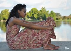 Jalissa (01_0583) (ronnie.savoie) Tags: africanamerican black noir negra woman mujer chica muchacha girl pretty guapa lovely hermosa browneyes ojosnegros brownskin pielcanela portrait retrato model modelo modèle smile sonrisa lafrenierepark metairie louisiana diaspora africandiaspora