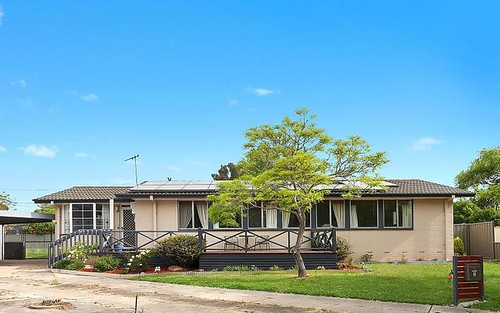 5 Carlton Place, Holt ACT 2615