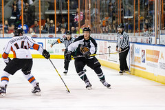 "Missouri Mavericks vs. Utah Grizzlies, December 28, 2016, Silverstein Eye Centers Arena, Independence, Missouri.  Photo: John Howe / Howe Creative Photography • <a style=""font-size:0.8em;"" href=""http://www.flickr.com/photos/134016632@N02/31924387856/"" target=""_blank"">View on Flickr</a>"