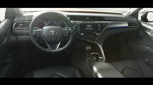 2018-toyota-camry-unveiled-in-detroit-looks-sporty_27